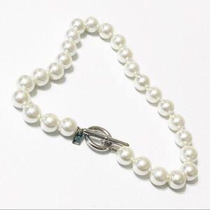 Lauren by Ralph Lauren • Large Pearl Necklace